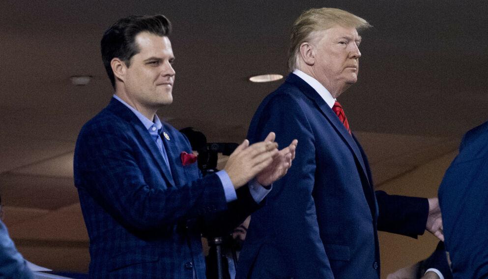 2019: Daværende president Donald Trump avbildet sammen med kongressmannen Matt Gaetz under en baseball-kamp i Washington. Foto: AP Photo/Andrew Harnik