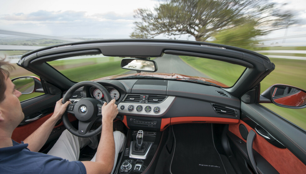 KJØREGLEDE: Sportsbiler, gjerne uten tak, gir mye kjøreglede. Kjøper du en brukt, behøver det heller ikke koste all verden å oppfylle drømmen.
