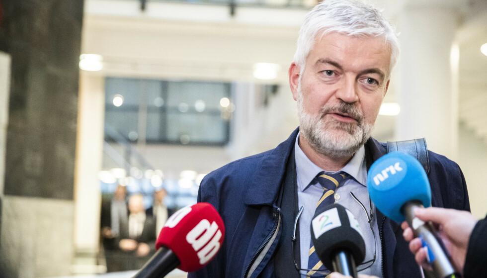FORSVARER: Advokat Øyvind Bergøy Pedersen forsvarer den tiltale ambulansekapreren. Foto: Berit Roald / NTB