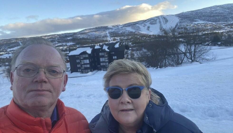FÅR BOT: Statsministerens sekstiårsfeiring er en straffbar handling. Bildet er tatt i forbindelse med feiringen på Geilo med ektemannen Sindre Finnes.