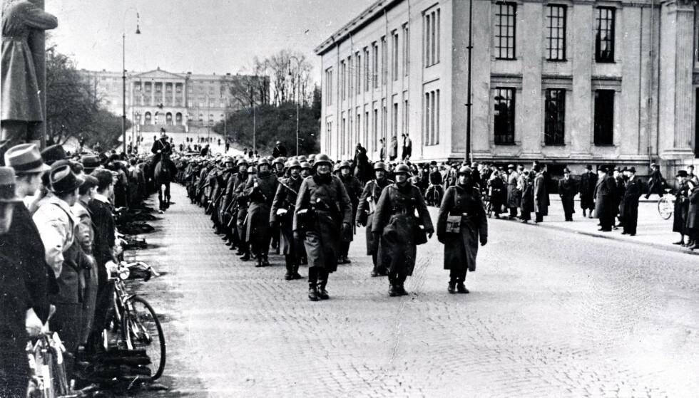 KRIGSERKLÆRING: En Twitter-melding fra Carl Bildt, tidligere utenriks- og statsminister i Sverige, har satt norske sinner i kok. I meldingen skriver han at Nazi-Tyskland hadde fått «kamp» i Sverige. Her fra 9. april1940 , da Nazi-Tyskland invaderte Norge. Foto: NTB