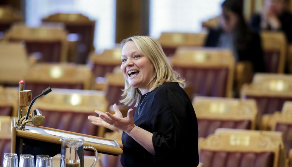 KRITISERER MELBY: Kunnskapsminsteren har ikke gjort hjemmeleksa si, mener Mona Fagerås (SV). Foto: Vidar Ruud / NTB