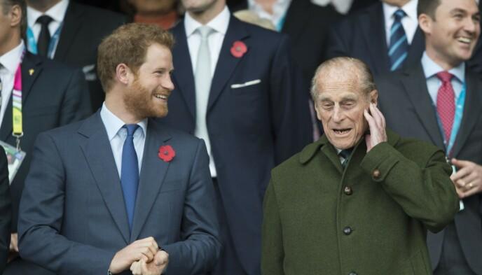 FREKK HYLLEST: Prins Harry hedrer bestefar med frekk ølmelding. Foto: Tim Rooke / Shutterstock