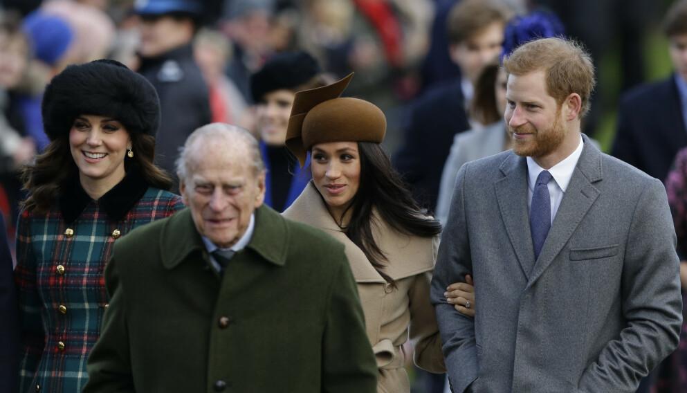 TAR AVSKJED: 30 personer får være til stede i prins Philips begravelse, deriblant hertuginne Kate og prins Harry. Hertuginne Meghan kommer imidlertid ikke. Foto: Alistair Grant / AP