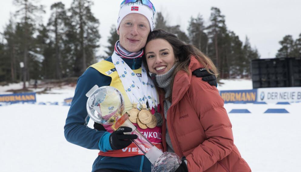 PÅ FLYTTEFOT: Johannes Thingnes Bø og kona Hedda Dæhli Bø skal sammen med sønnen Gustav flytte til Kongsvinger. Foto: NTB