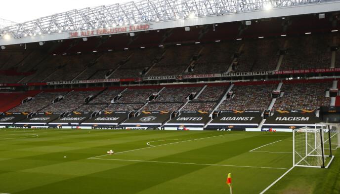 Panoramica: tutto era pronto perché i giocatori del Manchester United si vedessero contro il Granada.  Nelle file inferiori era nero a perdita d'occhio.  Foto: NTB