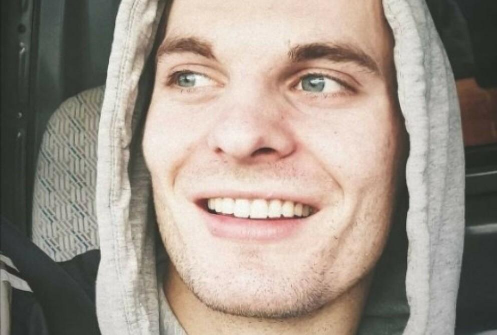 SAVNET: 24 år gamle Nicolai Øvrås Espetvedt er savnet etter at en vannscooter veltet fredag. Foto: Politiet