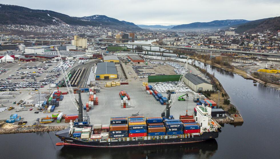 DRAMMEN: Drammen er blant kommunen som tar til orde for lettelser i coronatiltakene. Foto: Heiko Junge / NTB