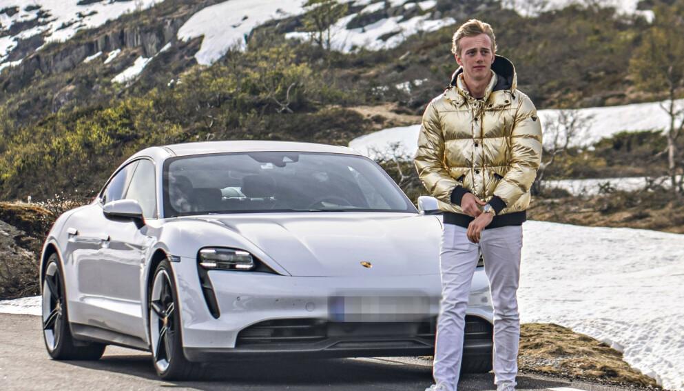 FIKK BOT: Christoffer Røstad fikk en bot på flere hundre kroner for å stå feilparkert Kristiansand. Foto: Saprykin Media
