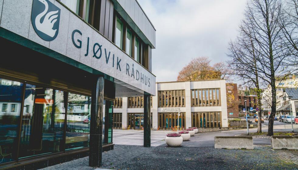 UTBRUDD: Åtte personer har så langt testet positivt etter å ha deltatt i en begravelse i Gjøvik. Foto: Stian Lysberg Solum / NTB