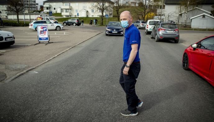 BUTIKKEIER: Rolf Erik Sørensen i Rema 1000. Foto: Bjørn Langsem / Dagbladet