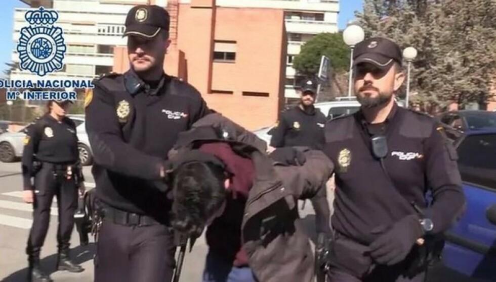 TILTALT: Alberto Sánchez Gómez ble pågrepet i februar 2019, og står nå tiltalt for drap på sin egen mor. Foto: Spansk politi