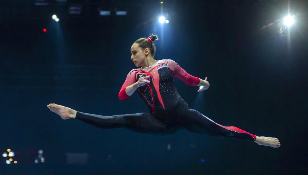 TURN: Sarah Voss under kvalifiseringa av EM 2021. Foto: EPA/GEORGIOS KEFALAS
