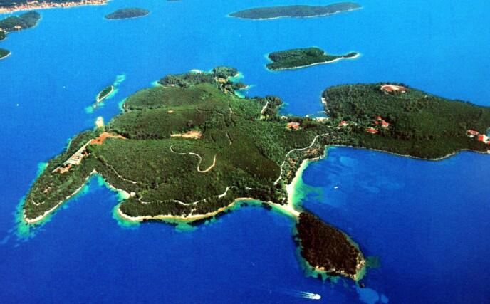 SPESIELL ØY: På øya Skorpios har Onassis-familien arrangert både bryllup og begravelser. Foto: Stuart Clarke/ REX/ NTB