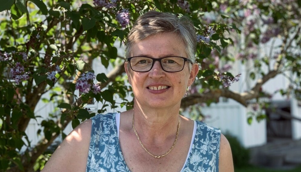 BYTTET KOSTHOLD: Wenche Haugen (59) slet lenge med artrose før hun la om livsstilen. I dag merker hun knapt smertene - og trenger ikke engang legemidler. Foto: Privat