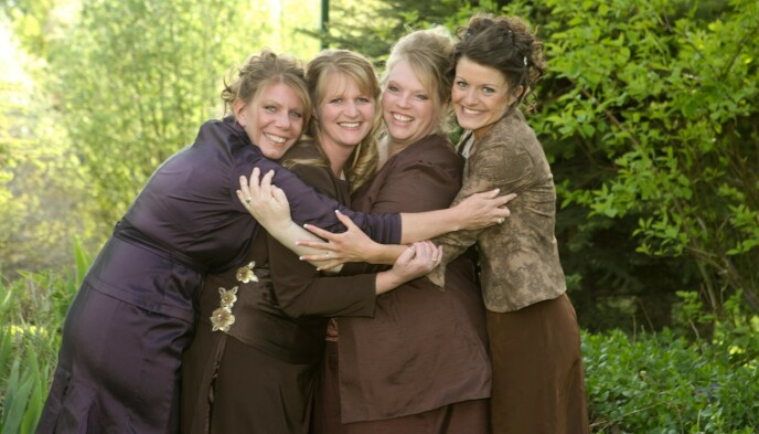 SØSTERKONER: «Sister Wives»-konene har hatt et anstrengt forhold oppigjennom årene. Her er Meri (t.v.), Christine, Janelle og Robyn i 2010. Foto: Puddle Monkey Prods / Kobal / REX / NTB