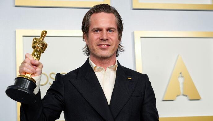 TO FOR DANMARK: Mikkel E. G. Nielsen vant prisen for beste klipp for «Sound of Metal». Foto: Reuters / NTB.