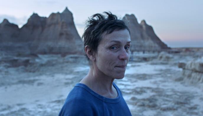 ÅRETS FILM: «Nomadland» vant prisen for Beste film, Beste regi, og Beste kvinnelige skuespiller. Sistnevnte var det Frances McDormand som dro i land (bildet). Foto: AP / NTB.