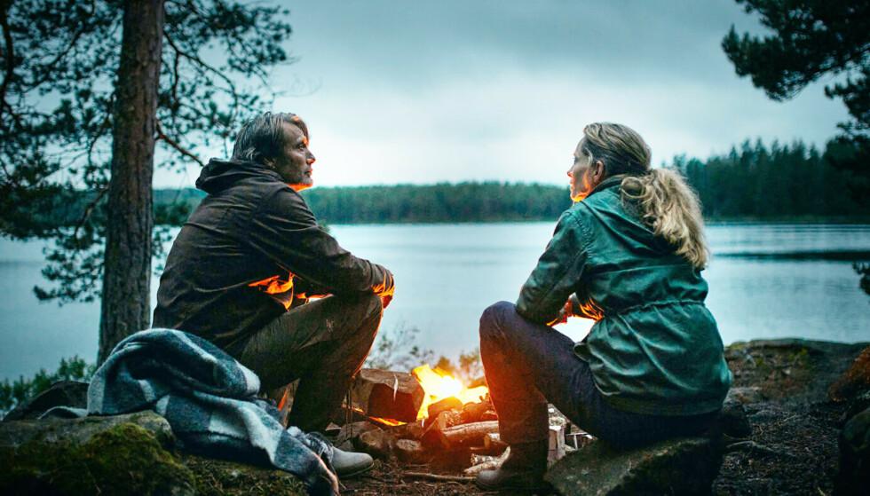 OSCAR-PRIS: Mads Mikkelsen og Maria Bonnevie spiller mann og kone i «Et glass til». Foto: Samuel Goldwyn Films / NTB