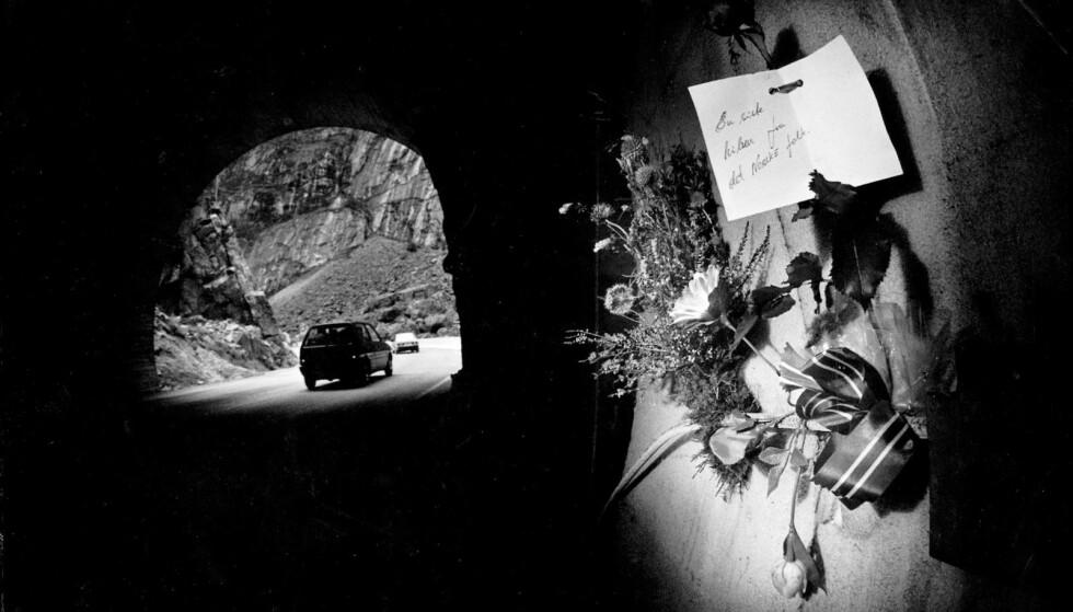 HILSEN FRA FOLKET: Bruns hovedbilde fra dekningen Måbødal-ulykken i 1988. Foto: Johan Brun