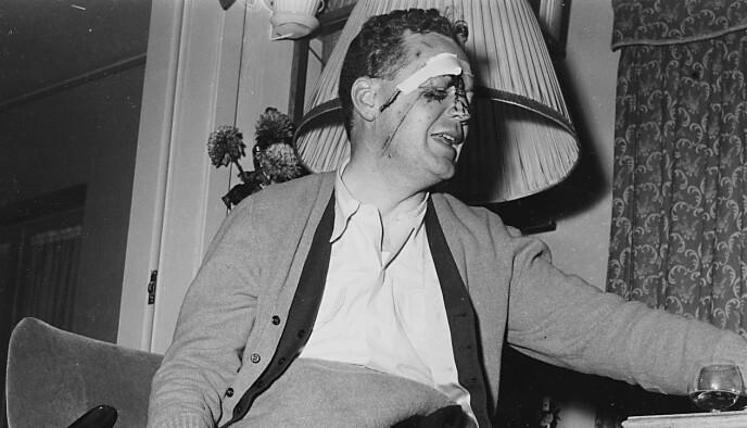 HOMMELFJELL: Et Heron rutefly fra Braathen SAFE styrtet i 1400 meters høyde i Hommelfjell ved Tolga på vei fra Trondheim til Oslo 7. november 1956. To døde og ti ble såret. Blant passasjerene var Rolf Kirkvaag, som fikk et beinbrudd og ansiktsskader. Foto: Johan Brun