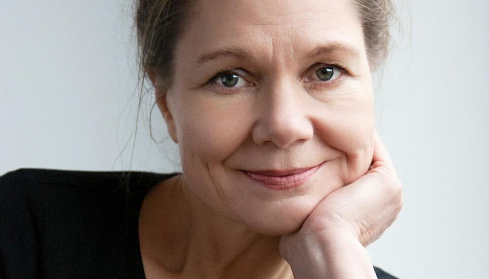 LENA LINDGREN: Politisk kommentator i Morgenbladet, og ute med sin første bok. Foto: GYLDENDAL / JULIE PIKE