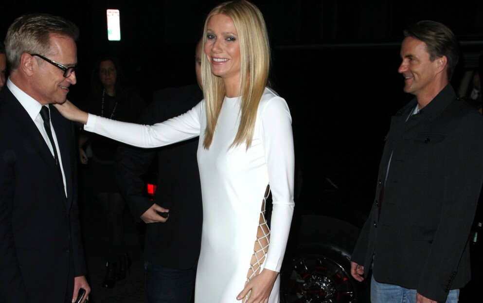 LETTKLEDD: Skuespiller Gwyneth Paltrow er ikke redd for å vise hud på rød løper. Hun har imidlertid lært seg å ikke vise alt. Foto: Peter Brooker/REX/NTB