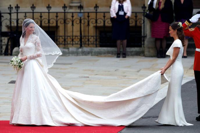 MINNEVERDIG: Mens bruden naturligvis var bryllupets midtpunkt, stjal også søstera Pippa Middleton oppmerksomheten til fotografene. Foto: Willi Schneider/ REX/ NTB