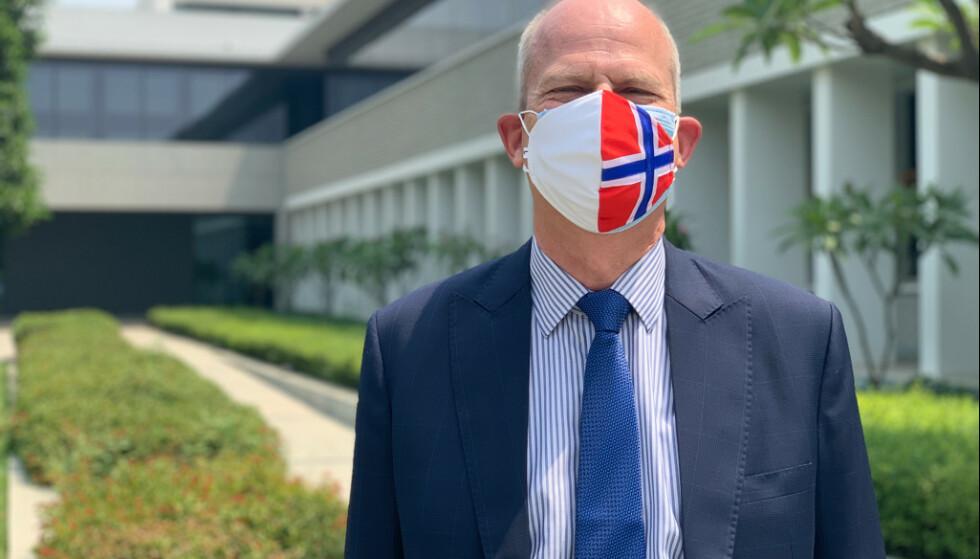 AMBASSADØR: Norges ambassadør i India, Hans Jacob Frydenlund, befinner seg i New Delhi i Inda. Han sier han er bekymret for situasjonen i landet. Foto: Privat