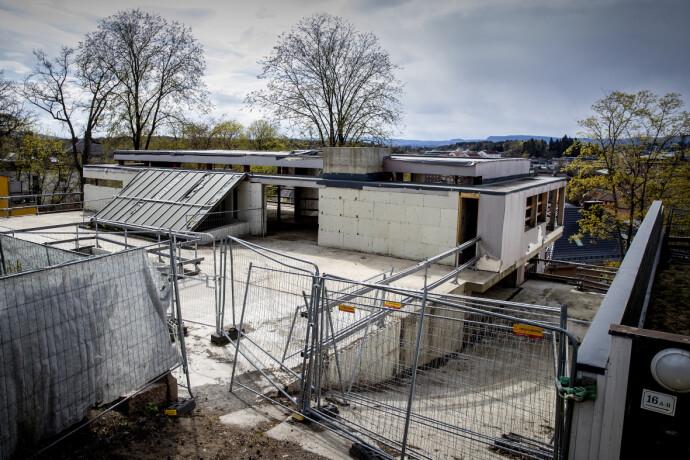 BYGGEPROSJEKTET: Slik ser det idag ut på byggetomta. Foto: Bjørn Langsem / Dagbladet