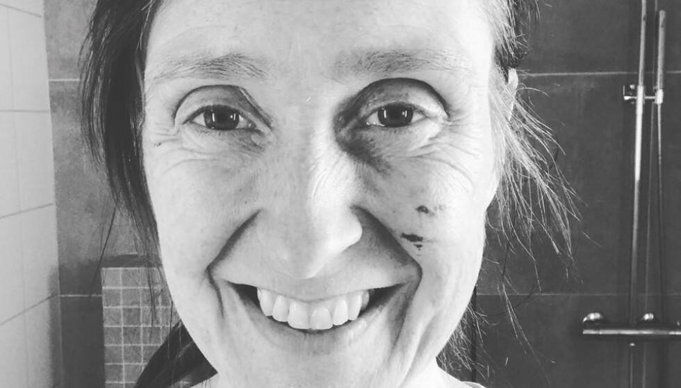 IKKE LEVEDYKTIG: Vår elskede datter kom død inn i denne verden, 120g liten. Det eneste som hadde vært verre, hadde vært å bli tvunget til å bære fram et ikke levedyktig foster til uke 40, skriver Mette Nordeng-Lyberg. Foto: privat.