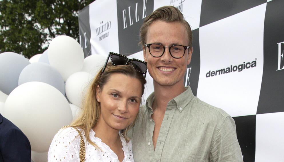 TOBARNSFORELDRE: Anja Johansen og Lavrans Solli har to barn, men kunne gjerne tenkt seg et tredje. Slik blir det imidlertid ikke. Foto: Andreas Fadum / Se og Hør