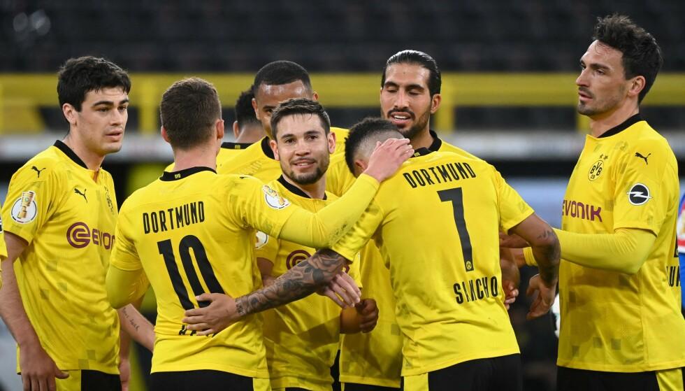 LEKENDE LETT: Borussia Dortmund er klar for finale i DFB-Pokal. Foto: Ina Fassbender / POOL / AFP / NTB
