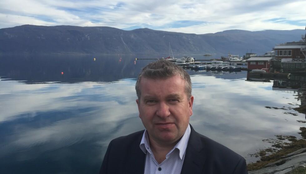 REAGERER: Ordfører i Lyngen, Dan Håvard Johansen, har fått nok av ufine kommentarer etter ulykker i fjellet. Foto: Privat
