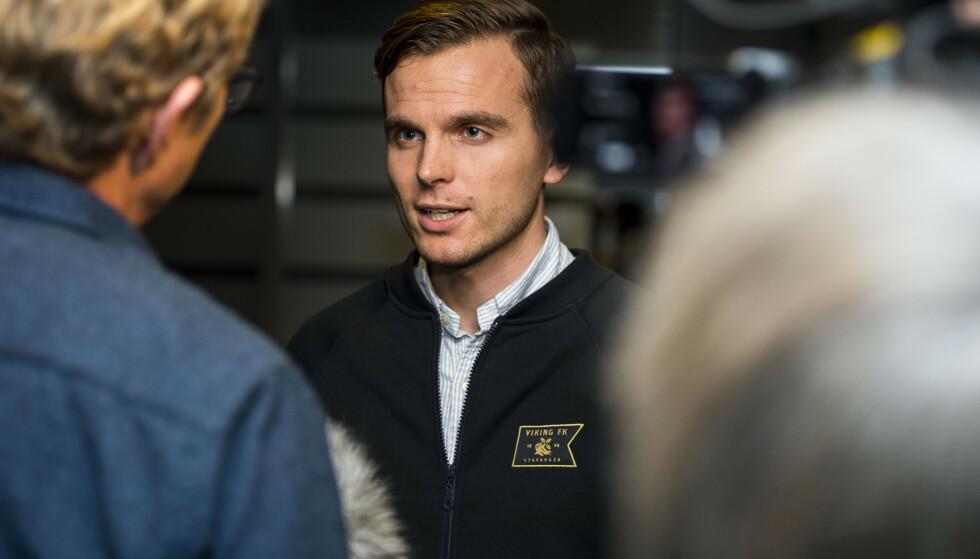 BEKREFTER ENIGHET: Daglig leder i Viking, Eirik Bjørnø, bekrefter at Tripic returnerer til klubben. Foto: Carina Johansen / NTB