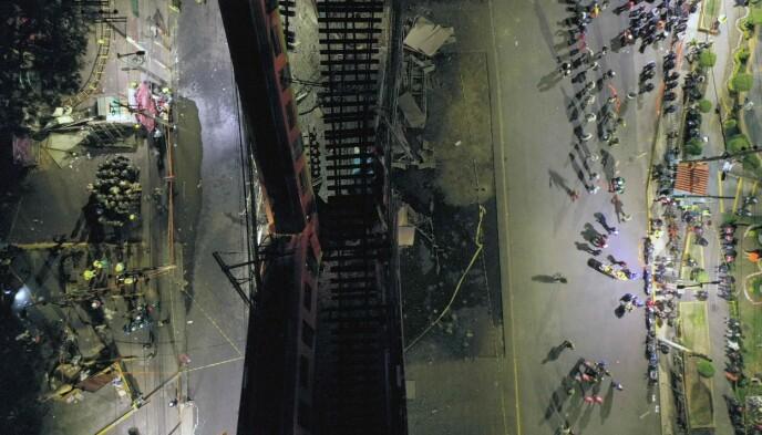 MASSIV AKSJON: Det er hundrevis av redningsarbeidere på stedet. Foto: Pedro Pardo / AFP / NTB