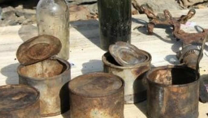 Cose: i ricercatori hanno trovato lattine, bottiglie e lampade che i soldati non si sono preoccupati di portare con sé quando la guerra è finita.  Foto: Museo della Guerra Bianca
