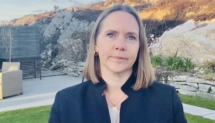 - VANSKELIG: Frøyas ordfører Kristin F. Strømskag sier situasjonen som er oppstått, er vanskelig for alle berørte. Foto: Ronny Teigås