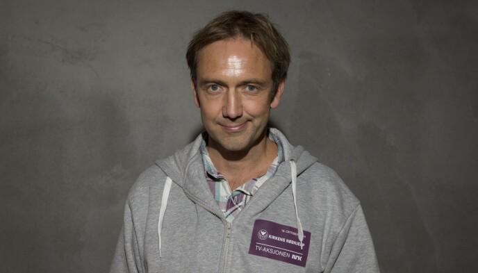 VITNER FOR NRK: Kommentator Jan Petter Saltvedt, her fra TV-aksjonen 2014. Foto: Torstein Bøe / NTB