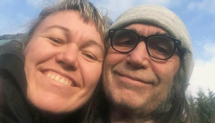 FORLOVET: Det var i fjor høst at Cecilie Leganger og HP Gundersen kunne dele nyhetene om at de hadde blitt et par. I desember forlovet de seg. Foto: Privat