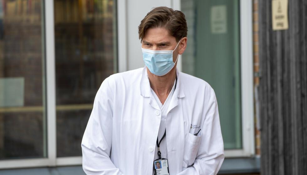 OVERLEGE: Overlege og professor Pål Andre Holme ved Rikshospitalet. Foto: Terje Pedersen / NTB