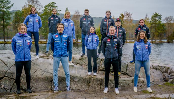 HOPPLANDSLAGET: Øverst fra venstre: Eirin Kvandal (Mosjøen), Robert Johansson (Søre Ål), Halvor Egner Granerud (Asker) og Marius Lindvik (Rælingen). Rekke nummer to fra venstre: Maren Lundby (Kolbu/KK), Thea Minyan Bjørseth (Lensbygda), Daniel-André Tande (Kongsberg) og Anders Fannemel (Hornindal). Første rekke fra venstre: Anna Odine Strøm (Alta), Johann Forfang (Tromsø SK), Thomas Aasen Markeng (Lensbygda) og Silje Opseth (Holeværingen). Foto: Stian Lysberg Solum / NTB