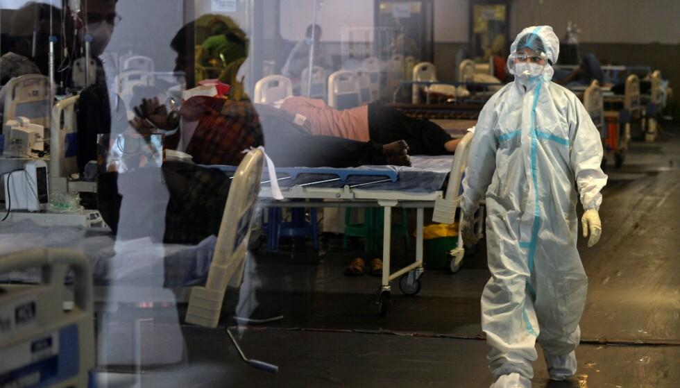 OVERFYLT: Det indiske helsevesenet er i knestående etter smitteeksplosjonen landet har opplevd den siste tida. Foto: Arun Sankar / AFP / NTB