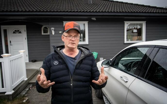 SNAKKER UT: Dagbladet har vært hjemme hos Terje Leer, som har kommet seg bra igjen etter 17 dager i respirator. Han mener situasjonen var mye verre for familien hans, enn for ham selv. Foto: Lars Eivind Bones / Dagbladet