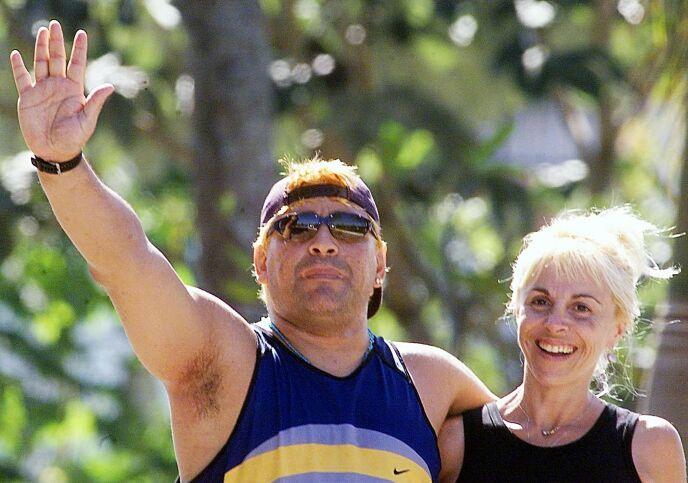 EKSKONE: Maradona med ekskona Claudia Villafañe tilbake i 2000. Foto: EPA/AFP/ADALBERTO ROQUE/ar/ds/gd/NTB