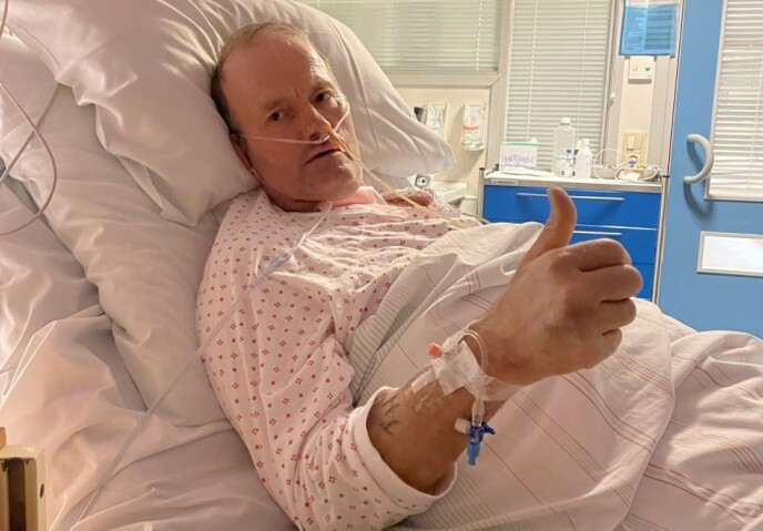 TØFF VINTER: Tidligere «Farmen»-deltaker Terje Leer ble lagt i kunstig koma og respirator i 17 dager etter å ha bli smitta av corona. Nå har han heldigvis kommet seg til hektene. Foto: Privat