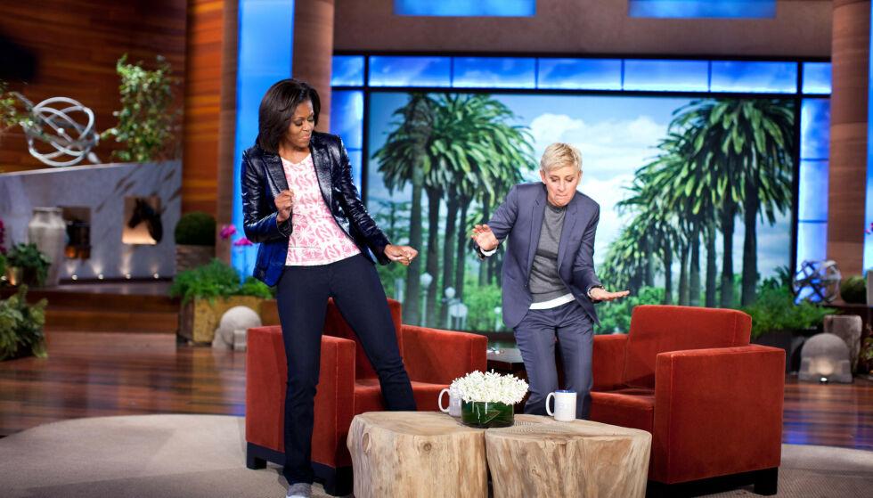 CELEBRE GJESTER: Gjennom åra har noen av verdens mest kjente mennesker gjestet talkshowet. Her med tidligere førstedame Michelle Obama. Foto: REX / NTB