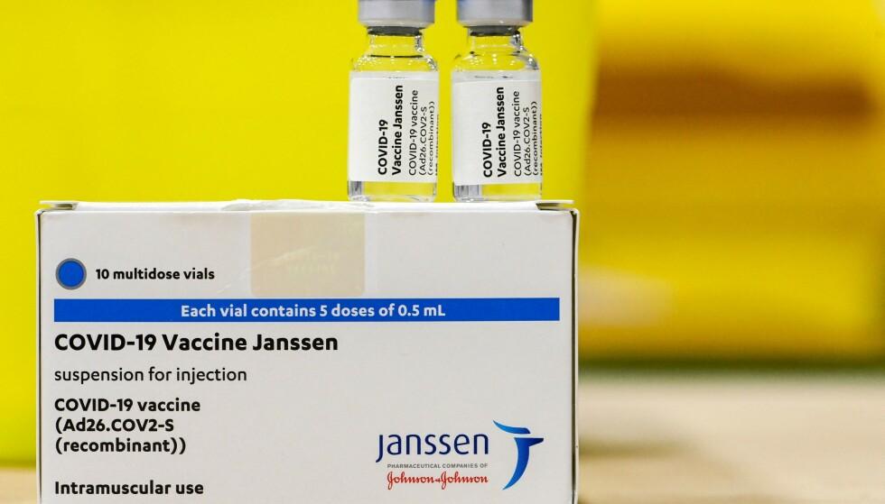 ÅPNER FOR BRUK: Regjeringen åpner for at vaksinen fra Janssen kan tas av frivillige. Foto: DIRK WAEM / BELGA / AFP
