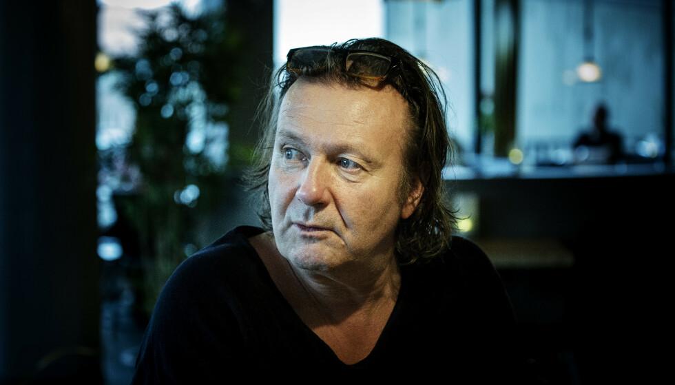 PÅ BUNN AV BERG-OG-DAL-BANEN: Charter-Svein er ikke fullt så livlig som han pleier når han snakker ut om tida etter munnbind-brenningen. Foto: Nina Hansen / Dagbladet