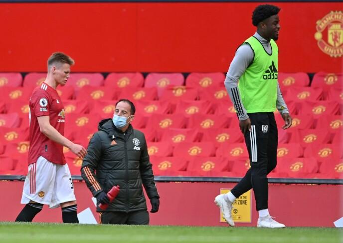 TRØBBEL: Scott McTominay måtte gå av banen etter 62 minutter mot Fulham. Foto: NTB